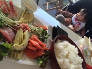 みんなで楽しく手巻き寿司!